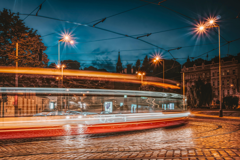 Transport publiczny naMapach Google: case study prostej implementacji